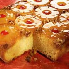 EASY Pineapple UPSIDE-DOWN Cake Recipe YUM! Topping Ingredients: cup butter 1 cup firmly packed brown sugar 1 can oz) pineapple slices, well drained Maraschino Cherries drained & halved Walnut. 1960s Food, Pineapple Upside Down Cake, Pineapple Slices, Canned Pineapple, Pineapple Cake, Delicious Desserts, Dessert Recipes, Dutch Oven Recipes, Baking Soda Uses