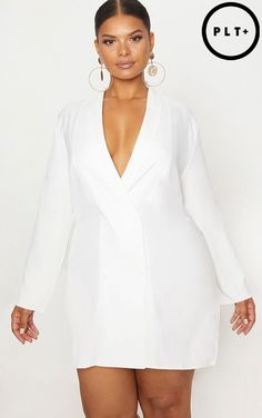Plus White Oversized Blazer Dress We are dreaming over this perfect LWD. Featuring a lightweight . Source by Blazer Dress Blazer Outfits Casual, Blazer Fashion, Skirt Fashion, 50 Fashion, Fashion Styles, Womens Fashion, Fashion Tips, Plus Size Womens Clothing, Plus Size Fashion
