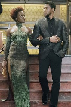 "We Think Donald Glover Helped Write These Jokes In ""Black Panther"" Black Panther Marvel, Shuri Black Panther, Black Panther 2018, Nakia Black Panther, Black Panther Chadwick Boseman, Casino Dress, Donald Glover, My Black Is Beautiful, Shows"