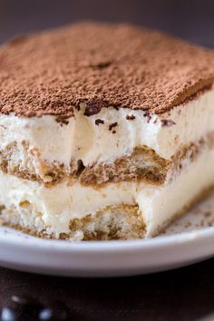Tiramisu is a classic Italian no-bake dessert made with layers of ladyfingers and mascarpone custard cream (no raw eggs! Truly the best homemade tiramisu. Italian Desserts, Köstliche Desserts, Holiday Desserts, Dessert Recipes, Italian Tiramisu, Cake Recipes, Unique Desserts, Tiramisu Dessert, Custard Desserts