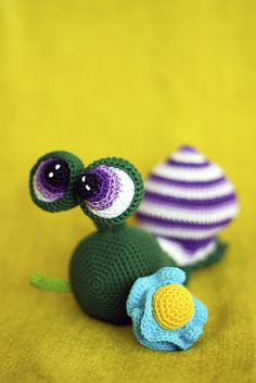 amigurumi snail by perlinavichinga, via Flickr