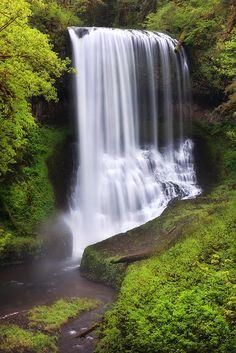 I LOVE waterfalls.