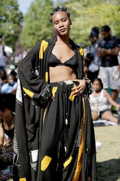 Afro-punk culture Source by SkyRozu fashion Festival Looks, Festival Mode, Festival Outfits, Festival Fashion, Afro Punk Fashion, Fashion Mode, Rock Fashion, Lolita Fashion, Fashion Music