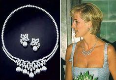 Princess Diana Swan Lake Suite of Jewels. The set was in progress when Diana died. Princess Diana Jewelry, Diana Fashion, Royal Crowns, Royal Jewelry, Fine Jewelry, Lady Diana Spencer, Family Jewels, Swan Lake, Jewel Box