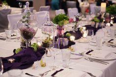 centros de mesa para boda en color violeta