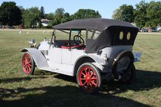 1912 Hupmobile touring