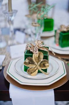 St. Patrick's Day wedding ideas #emerald #green [JJ Horton Photography for J.Leigh Events]