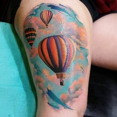 Hot Air Balloon Tattoos the Are Out of This World Amazing - Beste Tattoo Ideen Foo Dog Tattoo Meaning, Small Tattoos With Meaning, Air Balloon Tattoo, Hot Air Balloon, Tatto Design, Tattoo Designs Men, Unique Tattoos, Cool Tattoos, Globus Tattoos