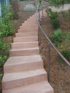 The 2 Minute Gardener: Photo - Concrete Stairs with Copper Hand Rail