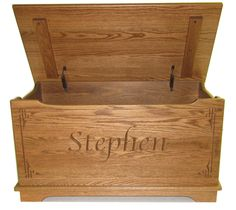 Amish wood toy boxes. personalized Amish toy boxes-chests by Ohio Amish. Toy safety standards rigidly applied. Liberal or free shipping.