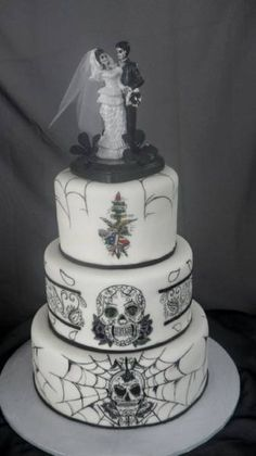 Tattoo Wedding Cake (MeMe's Treat Boutique)   INTERESTING DESIGN I don't have any tattoos (yet) but it kind of fits my warped and weird sense of style and humor LOL