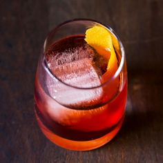 The Negroni recipe on Food52     1 ounce smooth gin (I like Tanqueray or Plymouth) 1 ounce Campari 1 ounce sweet vermouth Ice Orange peel (for garnish)