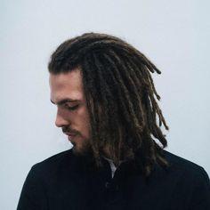 FKJ Source by andieandrada Dreadlock Mohawk, Dreadlock Hairstyles For Men, Dreadlock Styles, Dreadlocks, Hair And Beard Styles, Long Hair Styles, Life Inspiration, Kiwi Juice, Braids