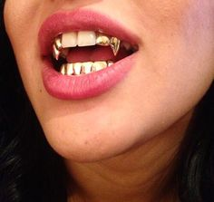 Gold Teeth From Heaven Supernaturally Appears In People S