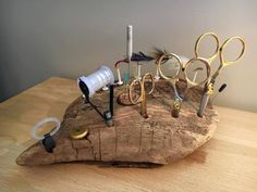 Driftwood tying station ...