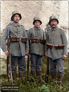 A trio of Bavarian infantrymen from Kgl. 8 on of August Colorized version. Colorized History, Ww1 History, Military History, World War One, First World, Triple Entente, Ww1 Soldiers, German Uniforms, Military Uniforms