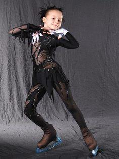Сценический костюм для фигурного катания