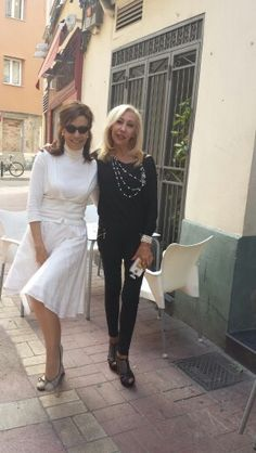 Ana y yo con mi falda JULUNGGUL www.julunggul.com