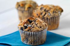 OREO® Muffins recipe Yummy Treats, Sweet Treats, Yummy Food, Delicious Desserts, Tasty, Kraft Recipes, Dessert Recipes, Calumet Baking Powder, Chocolate Muffins