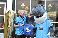To celebrate the launch of the new Junior Sharkz menu, we're offering all Junior Sharkz members 10% off their bill. Just show your membership card to your waiter and they'll take it off your total. Don't forget to enter our monthly drawing competition while you're here, too!