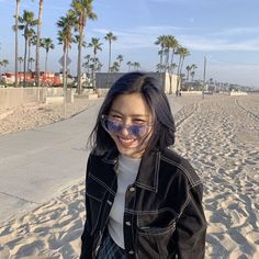 Image uploaded by Nobody Like Ryu. Find images and videos about kpop, girls and aesthetic on We Heart It - the app to get lost in what you love. Homo, Foto Instagram, Kpop Aesthetic, Aesthetic Black, Aesthetic Girl, Me As A Girlfriend, K Idols, Korean Girl Groups, Kpop Girls