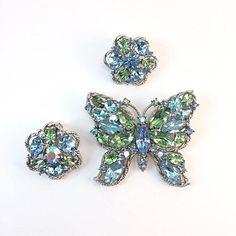 Vintage Weiss Rhinestone Butterfly Brooch & Earrings Blue