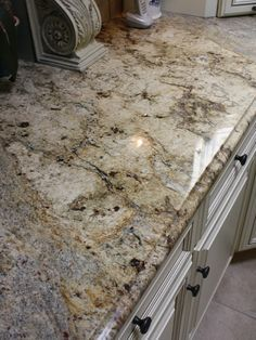 Supreme Kitchen Remodeling Choosing Your New Kitchen Countertops Ideas. Mind Blowing Kitchen Remodeling Choosing Your New Kitchen Countertops Ideas. Kitchen Countertop Materials, Granite Kitchen, Granite Counters, Countertop Options, Granite Edges, White Granite, Limestone Countertops, Granite Slab, Granite Stone