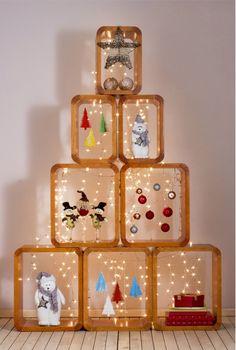 A gente adora ideias criativas para a decoração de Natal, sejam presépios diferentes, guirlandas feitas de materiais inusitados ou bolas de Natal feitas em casa. No nosso Facebook gostamos de mostrar ideias originais, assim como já mostramos algumas vezes no blog. Afinal de contas, pensar fora da caixa faz bem em qualquer ocasião. heart NesteLeia mais