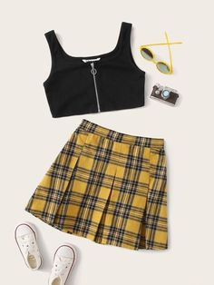 Girls Fashion Clothes, Teen Fashion Outfits, Retro Outfits, Girly Outfits, Cute Clothes For Teens, Really Cute Outfits, Cute Comfy Outfits, Stylish Outfits, Crop Top Outfits
