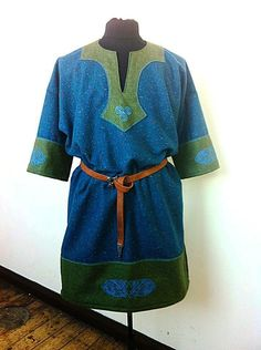 tunic, love the colors.