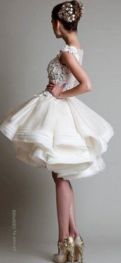 Krikor Jabotian - White and gold dress