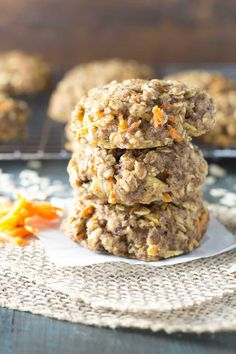 Thick, soft, and full of fresh carrot and apple, these Carrot Cake Breakfast Cookies are a healthy make ahead breakfast or snack. They're whole grain and refined sugar free, and they keep well in the freezer for meal prep. Healthy Make Ahead Breakfast, Breakfast And Brunch, Breakfast Recipes, Apple Breakfast, Breakfast Ideas, Breakfast Bars, Brunch Ideas, Gourmet Recipes, Cookie Recipes