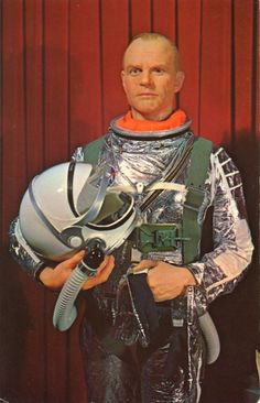 WAX JOHN GLENN    MIAMI WAX MUSEUM  139th Street and U.S. 1, Miami, Florida    Life size wax figure of Astronaut John Glenn, in NASA approved space suit.