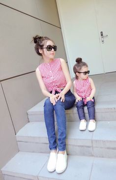 Mother Daughter Fashion, Mother Daughter Matching Outfits, Mommy And Me Outfits, Mom Daughter, Matching Family Outfits, Girl Outfits, Toddler Fashion, Kids Fashion, Moda Kids