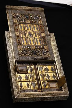 The Byzantine reliquary of the True Cross, called Stafrothiki of Limburg..