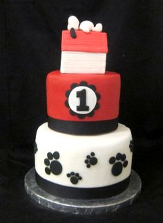 Snoopy's doghouse tutorial from rice krispies and fondant