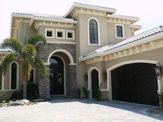 Love the stone work - Florida home