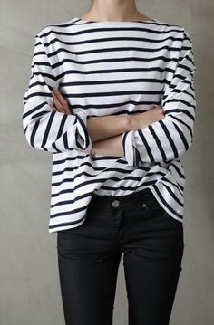There's nothing I love more than a striped three quarter loose shirt. The three quarter sleeves keep you warm, but it also allows you to show off your watch. As someone who finds themselves constantly pushing up their sleeves, they are also practical for me.