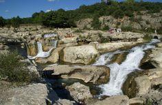 Les Cascades du Sautadet, à La Roque sur Cèze Le Gard, Pont Du Gard, Camping 4 Etoiles, Les Cascades, Beaux Villages, Mount Rushmore, Beautiful Places, Hotels, Mountains