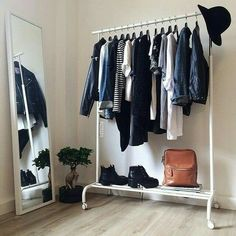 Optimal eignen sich Kleidersta… Using every corner is the motto of many shared rooms! Ideal are clothes rails! room up Closet Bedroom, Bedroom Inspo, Bedroom Decor, Clothes Rack Bedroom, Girl Closet, Bedroom Wall, Bedroom Ideas, Wall Decor, My New Room