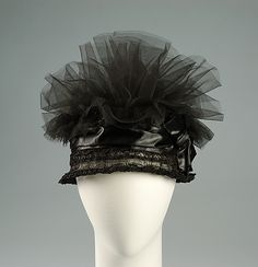 Cocktail cloche | United States, circa 1923 | Frederick Loeser & Company (American, founded 1860) | Materials: horsehair, silk, synthetic | The Metropolitan Museum of Art, New York