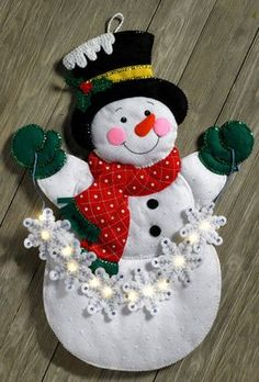 Details about Bucilla Snowflake Snowman ~ Felt Christmas Wall Hanging Kit 86820 Frosty Lights Christmas Wall Hangings, Felt Christmas Decorations, Felt Christmas Ornaments, Christmas Snowman, Christmas Stockings, Christmas Crafts, Holiday Decor, Diy Ornaments, Beaded Ornaments