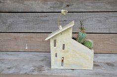 Big Tealight holder and planter House  Stoneware by lofficina