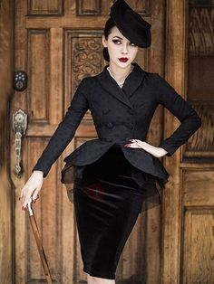 Black Long Sleeve Mesh Elegant Women's Skirt Suit for Female Black . Look Fashion, Retro Fashion, Vintage Fashion, Womens Fashion, Fashion Design, 1920s Fashion Women, Vintage Dresses, Vintage Outfits, Look Retro