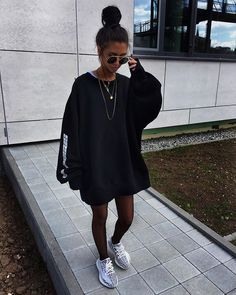Pin by Mar. on (Kim Duong) Street style in 2019 Mode Outfits, Trendy Outfits, Fall Outfits, Summer Outfits, Teen Fashion, Fashion Outfits, Fashion Trends, Swag Fashion, Runway Fashion