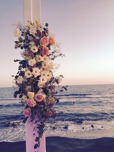 #boho #wedding at#sea #weddingdecor #weddingparty #bride #bridesmaid #groom #flowers #flowers #floweroftheday #floraldesign #flowerdesign #weddingflowers #weddinginitaly #weddinginrome #bohemian #bohochic #bohostyle