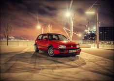 Golf 3 GTI - Marco-Polo-Terrassen/Hamburg by SniKKaz #vwPoloGTI Vw Golf 3, Golf Mk3, Ford Fiesta St, Volkswagen Polo, Sport Seats, Marco Polo, Running Gear, Mk1, Rotterdam