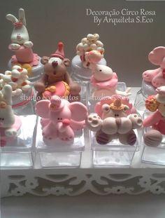 lembrancinha-e-decoracao-circo-rosa-cx-artistico