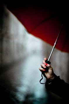 red nails and umbrella