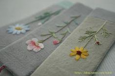 김소진님의 자수블로그 Embroidery Purse, Hand Embroidery Projects, Embroidery On Clothes, Flower Embroidery Designs, Hand Embroidery Stitches, Embroidery Applique, Beaded Embroidery, Embroidery Patterns, Cross Stitch Bookmarks